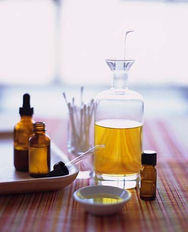 DIY Tea Tree Oil Scalp and Body Treatment