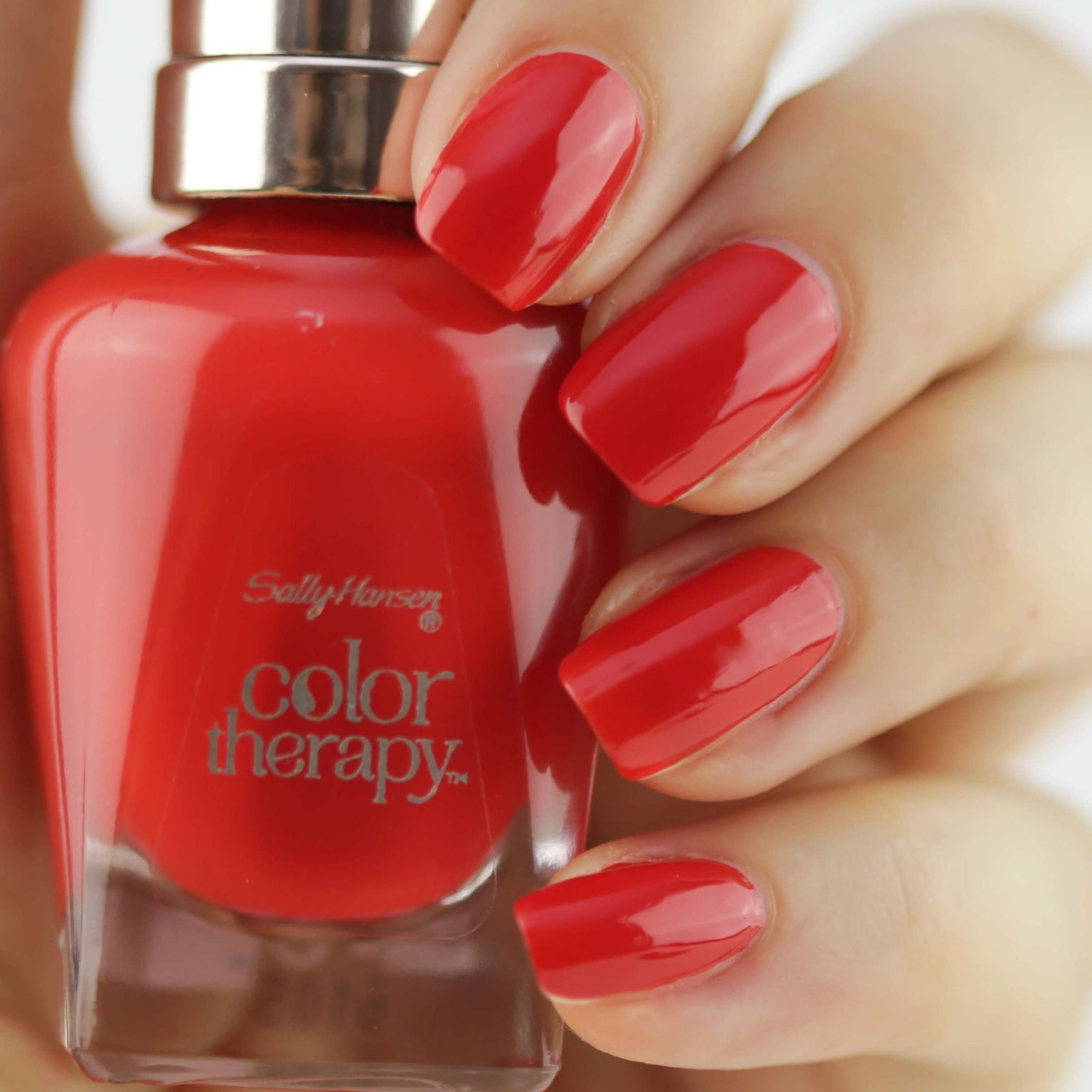 Sally Hansen Color Therapy Red-iance reviews, photos, ingredients ...