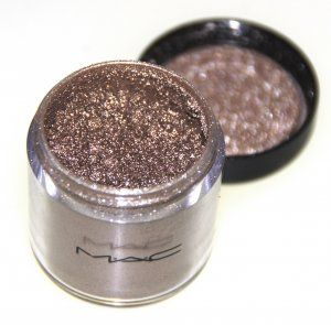 MAC Cosmetics Pigment in Sunnydaze