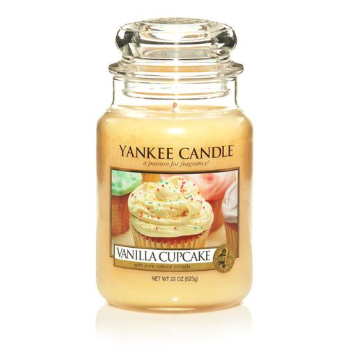 Yankee Candle - Vanilla Cupcake (Uploaded by picklemesoftly)