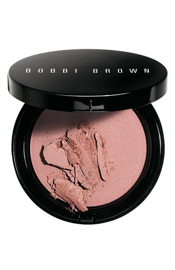 Bobbi Brown Illuminating Bronzing Powder in MAUI