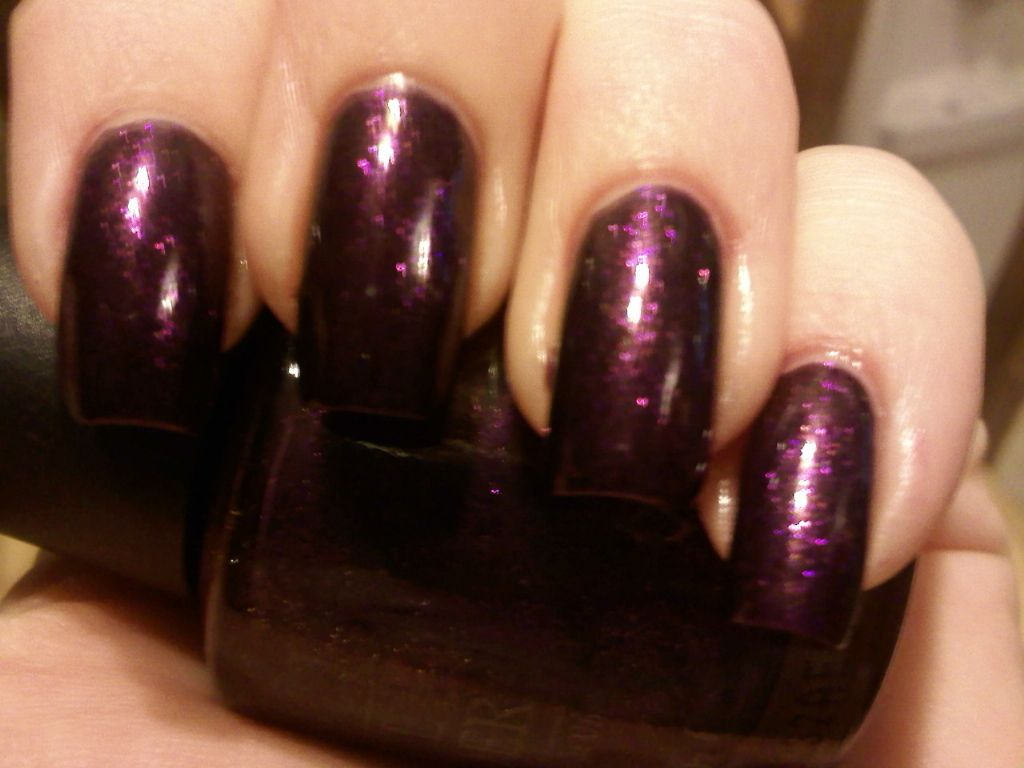 OPI Visions Of Sugarplum (Ulta Holiday 09) (Uploaded by dori319pictures)