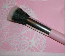 Pout Airbrush Brush