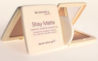Rimmel Stay Matte Compact Powder Foundation