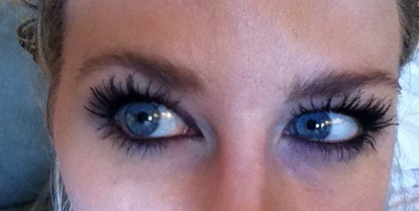 L'Oreal Paris Voluminous Million Lashes Mascara