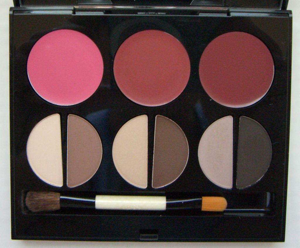 Bobbi Brown Living Beauty Palette