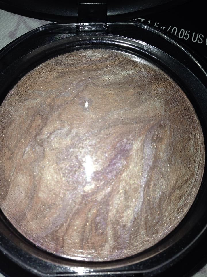MAC Mineralize Skinfinish in Perfect Topping (2014 version)