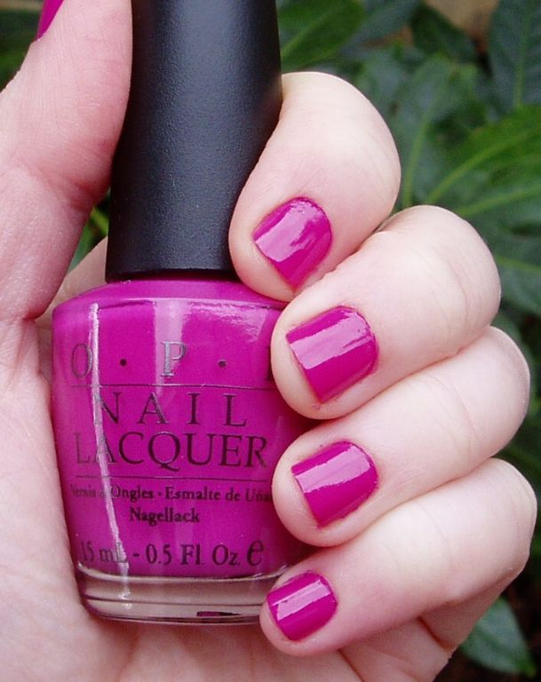 OPI Ate Berries in the Canaries