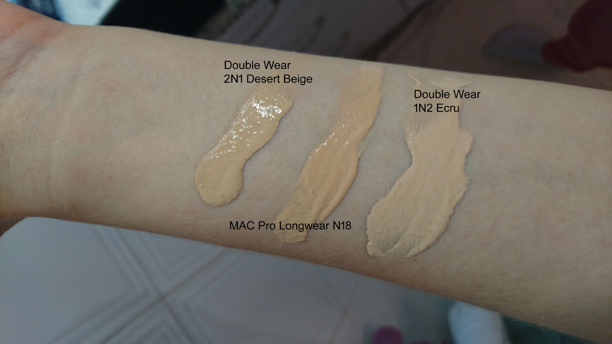 Estée Lauder Double Wear Stay-In-Place Liquid Makeup reviews ...