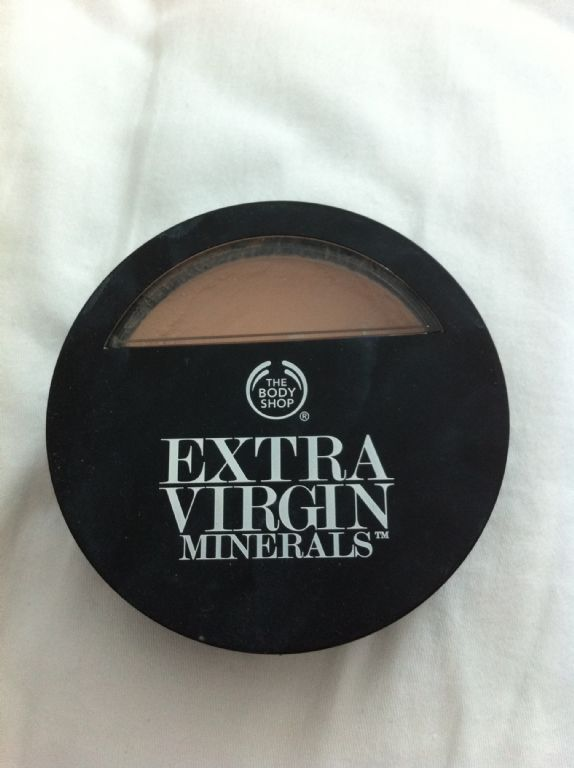 The Body Shop Extra Virgin Minerals Cream Compact Foundation reviews, photos, ingredients - Makeupalley