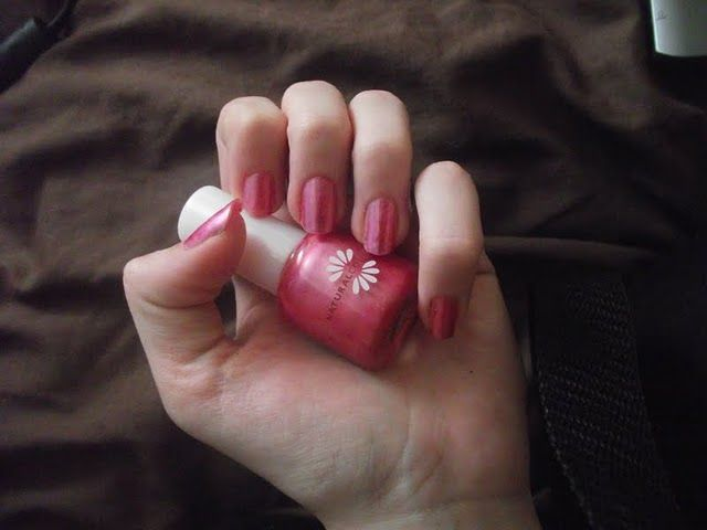 Boots  Natural collection nail polish - rosehip