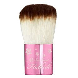 Too Faced Flatbuki brush (extra short handle)