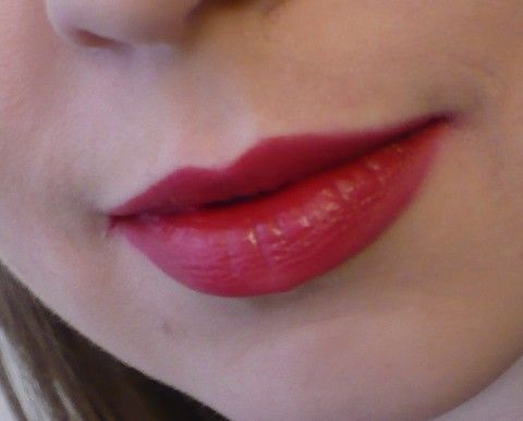 Maybelline New York Color Sensational Lipcolor Red