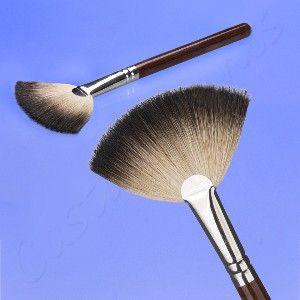 Coastal Scents Italian Badger Deluxe Fan Brush
