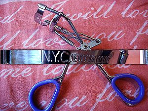 New York Color Eyelash Curler