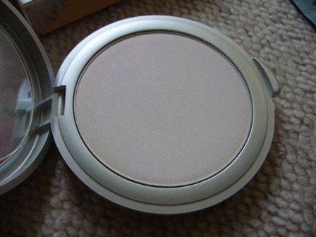 Dianne Brill Fresh Water Pearl Powder Finish