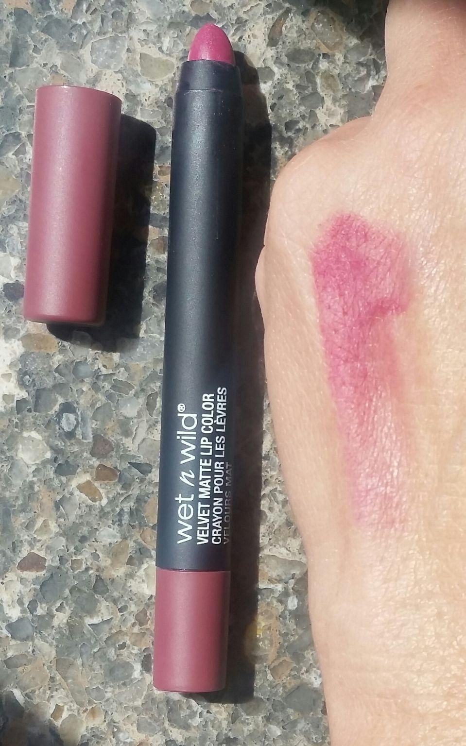 """Velvet Lip Kits Velvet Liquid Lipsticks: Wet N Wild Velvet Matte Lip Color (not """"Fergie"""") Reviews"""