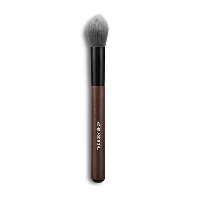 The Body Shop Pointed Highlighter Brush Reviews Photo Filter
