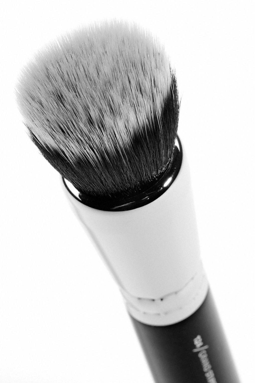 124 Grand Stippling Brush by zoeva #19