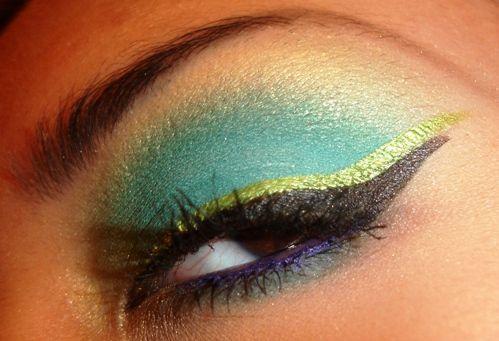 #MakeupMonday - #TarteCosmetics Rainforest After Dark