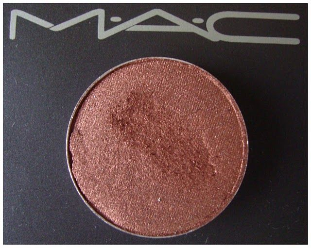 MAC Veluxe Pearl - Antiqued reviews, photos, ingredients - Makeupalley