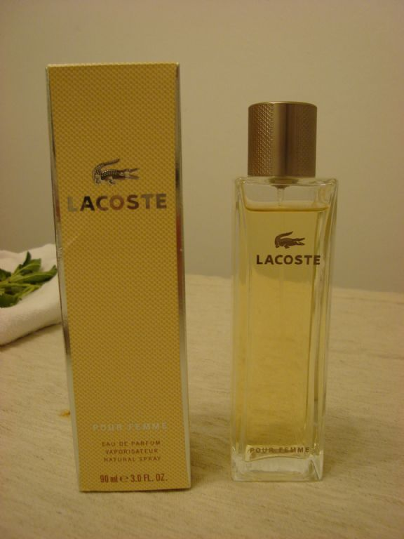 Lacoste pour femme. April 2012 (Uploaded by carinepp)