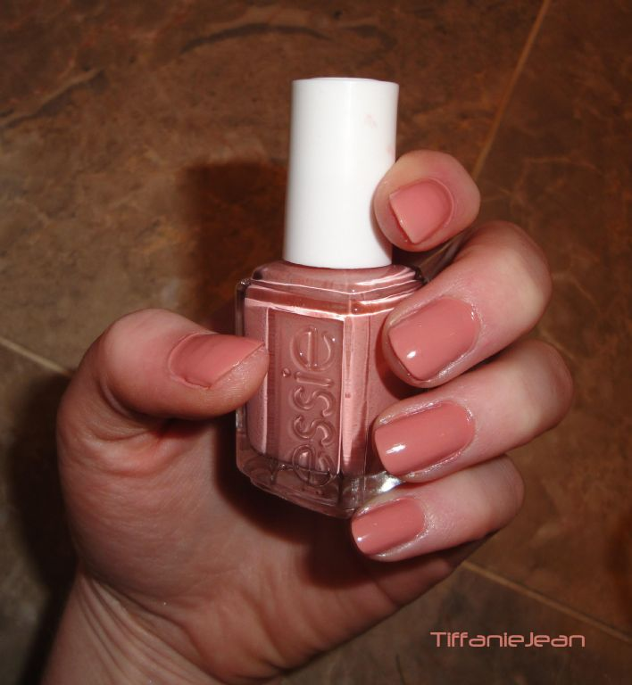 Essie Eternal Optimist #676
