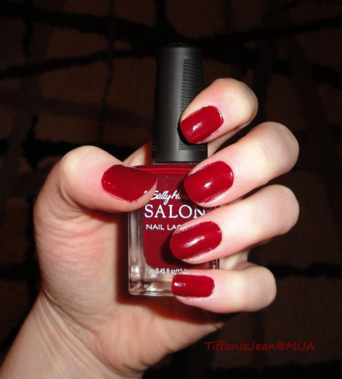 Sally Hansen Salon Nail Lacquer in Hollywood Scarlet reviews, photos ...