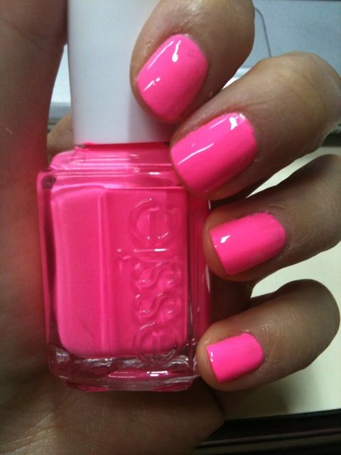 Essie Pink Parka (Fall 09) reviews, photo - Makeupalley