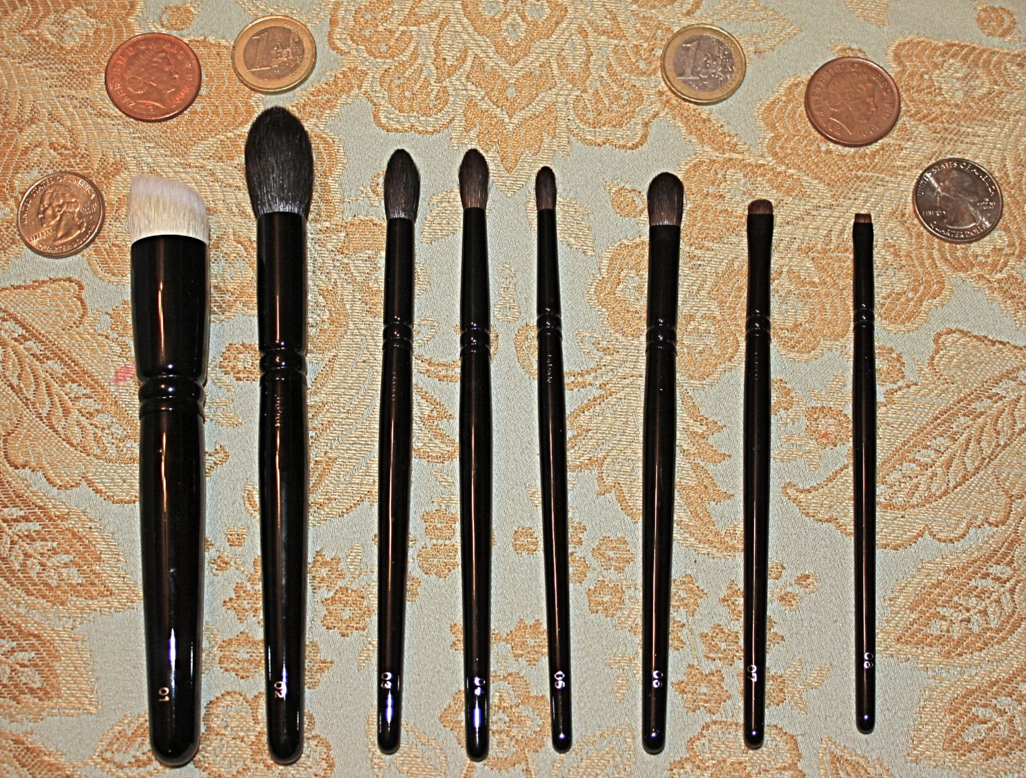 Wayne Goss brush collection (Uploaded by A88A)