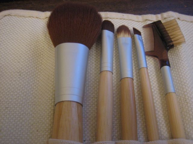full makeup brush set. 5 more images \u003e full makeup brush set
