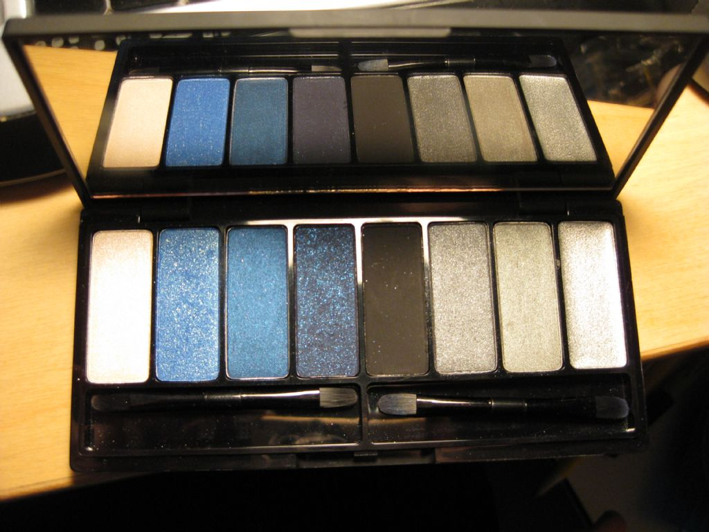 Kat Von D Metal Orchestra Palette (Uploaded by ahhhttack)