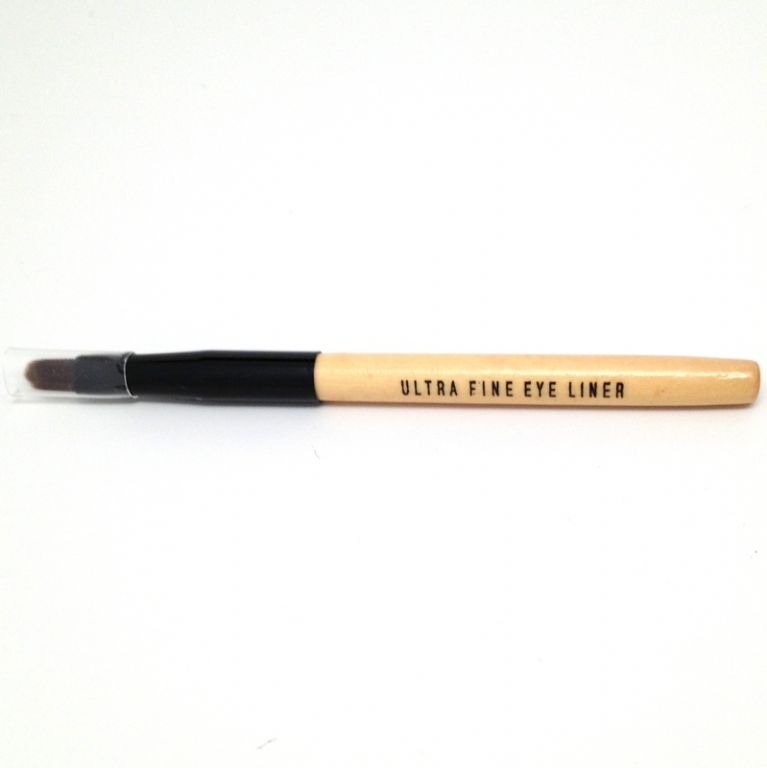 Bobbi Brown Ultra Fine Eye Liner Brush - Travel Size reviews ...
