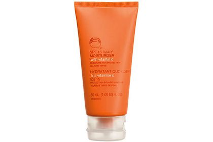 The Body Shop Vitamin C Protective Daywear Moisturizer SPF 15