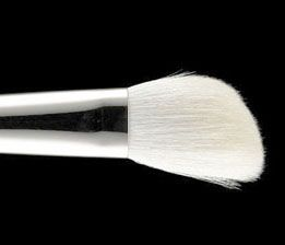 MAC #168 Large Angled Contour Brush