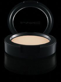 MAC Cream Color Base in Pearl