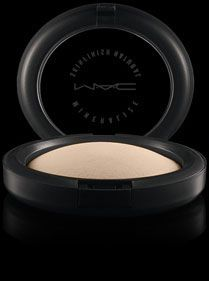 MAC Mineralized Skin Finish in Light