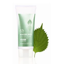 The Body Shop Moisture White Shiso BB Cream SPF 25 PA+++