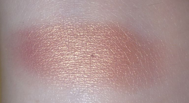 Mac Cosmetics Veluxe Pearl Expensive Pink Reviews
