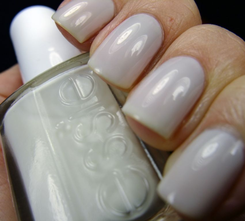 Essie Marshmallow reviews, photos - Makeupalley
