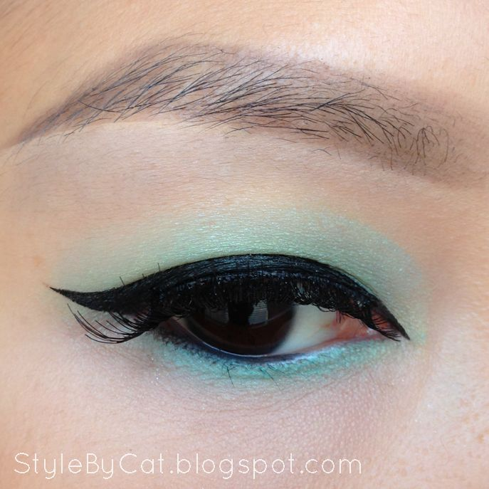 Maybelline Color Tattoo - Edgy Emerald