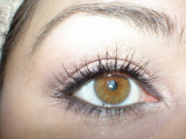 L Oreal Volume Million Lashes Luminizer Hazel Eyes