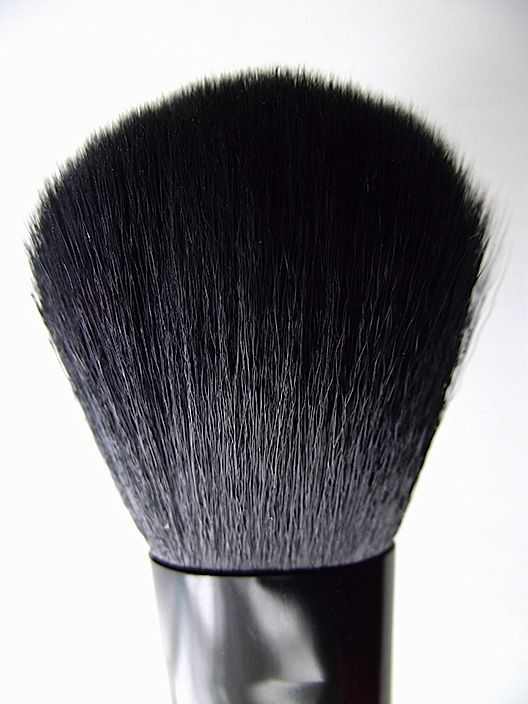 E.L.F. Studio Complexion Brush