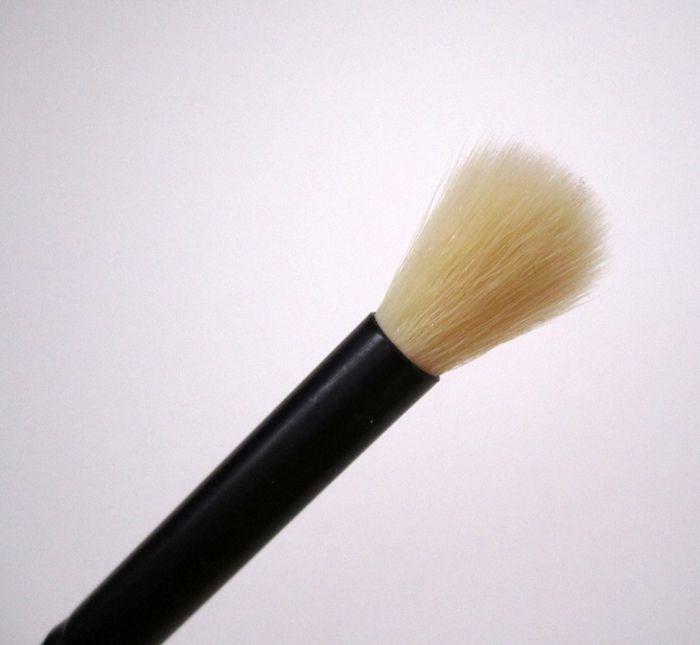 Blending Eye Brush by e.l.f. #7