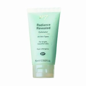 Boots  No 7 Radiance Revealed Exfoliator