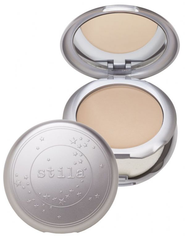Stila Illuminating Powder Foundation (Uploaded by cosmokid)