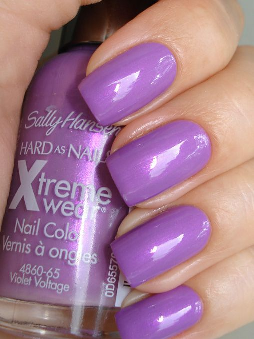 Sally Hansen Hard as Nails Xtreme Wear in Virtual Violet reviews ...