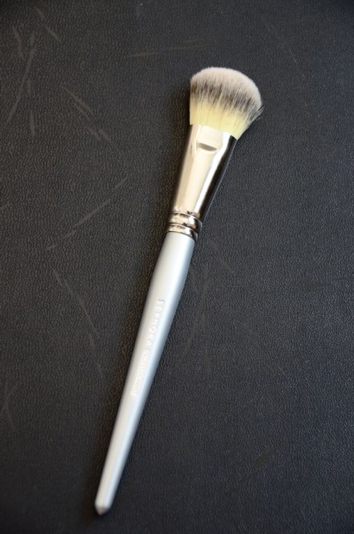 Sephora Collection Professionnel Platinum Air Brush #56