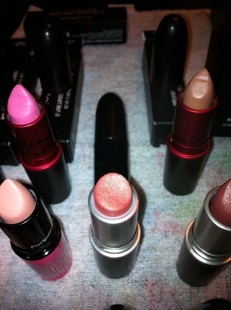 mac cosmetics ramblin rose lipstick reviews photos