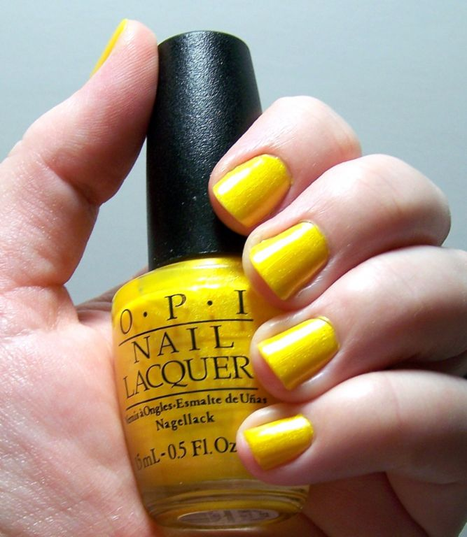 OPI Cabana Banana Reviews Photo
